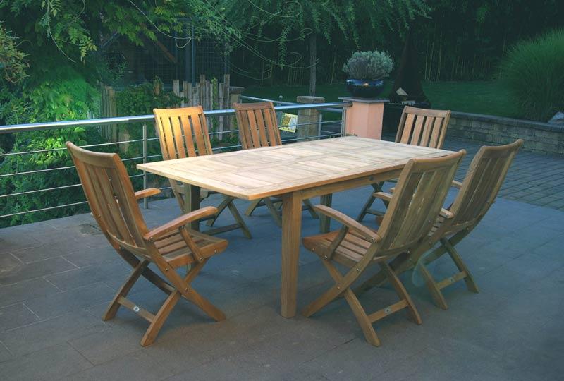 lesena vrtna raztegljiva miza